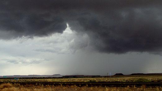 Am 17. Tag der Reise geraten wir in ein Unwetter; inklusive Tornado-Warnung.
