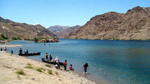 Ein beliebtes Ausflugsziel, besonders für Wassersportler ist der malerische Lake Mead.