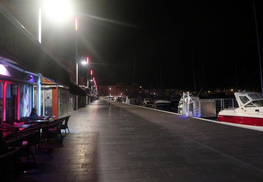 18. Oktober 2018 - Einsamkeit an der Hafenpromenande