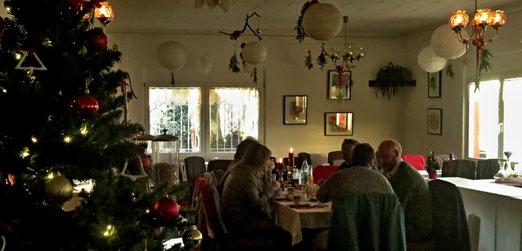 Vorweihnächtliches Treffen mit fünf Winzern aus dem Priorat. Ein Treffen, nicht etwa im Katalonien, nein, im kalten Nordosten Deutschlands, bei Torsten Hammer (Priorat-Hammer) in Coswig / Anhalt