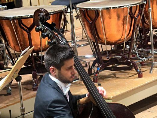 30. Januar 2016 - Die Einsamkeit des Bassisten im Orchester