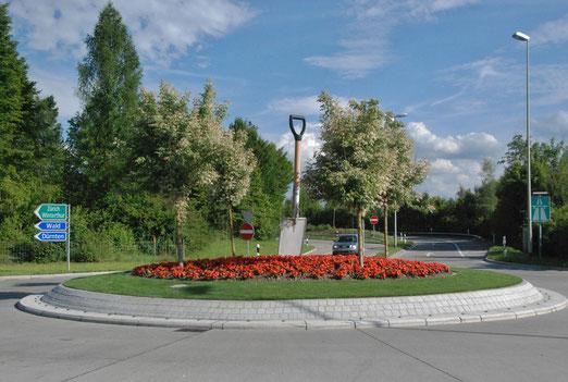 Zwischen Dürnten und Bubikon (ZH) - Beim Gartenzeuntrum (Foto: Peter Züllig, Bubikon))