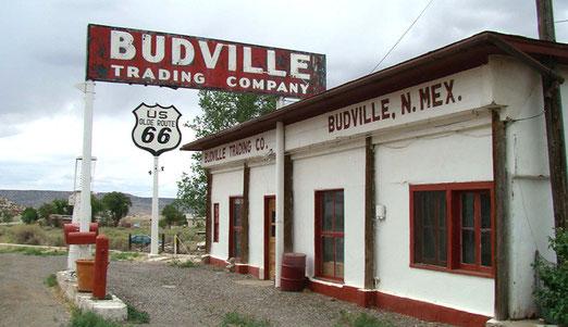 Bei Budville hat sich die Strecke verändert. Die Gegend wird MALPAIS genannt. (Unfruchtbares Land)