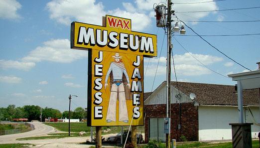 In Stanton befindet sich auch das Jesse James Wachsmuseum.