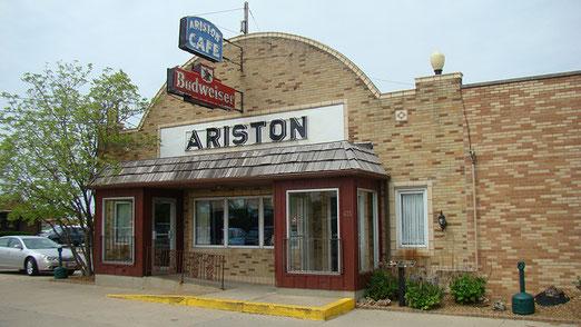 """Das Ariston-Restaurant in Litchfield (ca. 1 Stunde vor St.Louis) ist ein """"MUSS"""" für Route 66-Reisende"""