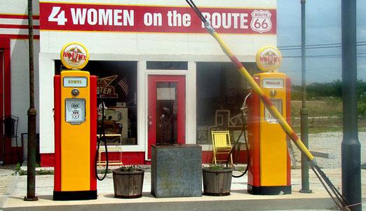 Galena (Kansas): 4 WOMAN on the ROUTE. (Diese Tankstelle gelangte zu weltweiter Berühmtheit weil ein....(Auflösung morgen)