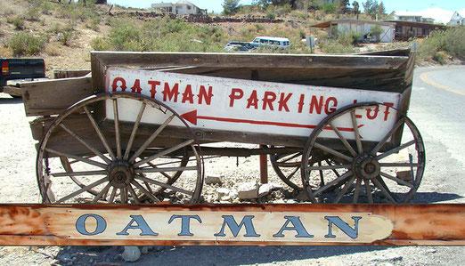 Der Autoparkplatz von Oatman ist erreicht