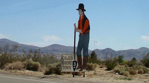 Den Besuch einer Wildwest-Geisterstadt lassen wir uns nicht entgehen.