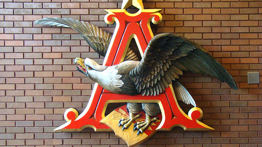 Markenzeichen des grössten Bierkonzerns der Welt: Anheuser-Busch