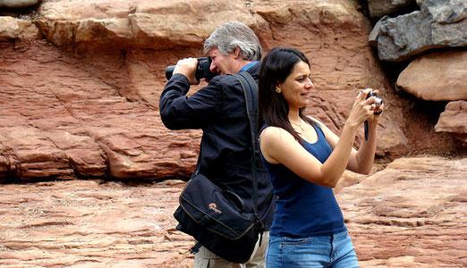 Der Flusslauf ist ein Eldorado für Fotografen. Keiner merkt was in seinem Rücken geschieht.