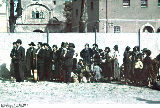 Asperg, Deportation von Sinti und Roma, 22. Mai 1940, Bundesarchiv, R 165 Bild-244-48 / CC-BY--SA, Creative Commons Attribution-Share Alike 3.0 Germany