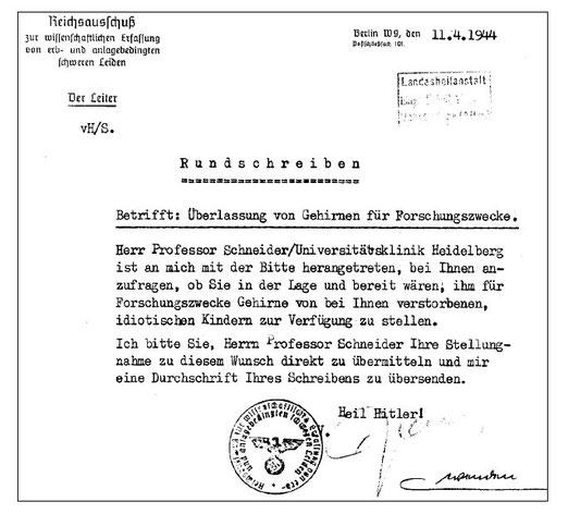 """Rundschreiben des """"Reichsausschusses zur wissenschaftlichen Erfassung von erb- und anlagebedingten schweren Leiden"""" vom 11. April 1944, Quelle: Deutsche Wikipedia, hochgeladen von Scheurebe2000, Lizen"""