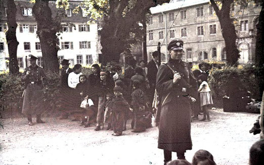 Asperg, Deportation von Sinti und Roma, Datierung: 22. Mai 1940, Bundesarchiv, R 165 Bild-244-52 / CC-BY-SA, Creative Commons Attribution-Share Alike 3.0 Germany