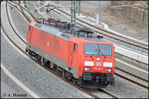 Am 11. März 2015 durchfährt 189 001-1 als Lz den Hbf. von Chemnitz gen Zwickau