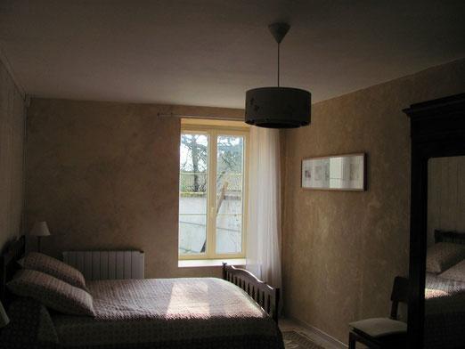Chambre 2 lits Montreuil Bonnin 86 france Poitiers proche Futuroscope