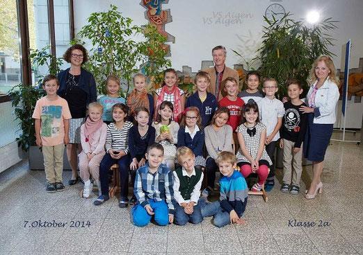 2a: VOL Dipl.-Päd. Dirschlmayr Ana (im Bild links: OLfWE Glück Dagmar)