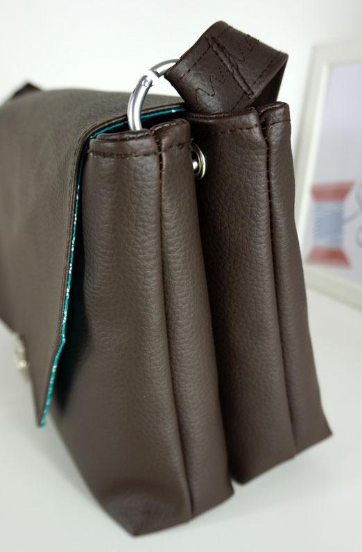 cad76f382b3dd Sie bietet in der Anleitung aber auch die Variante mit Trägern direkt an  der Tasche bzw. mit D-Ringen an. Seit ...