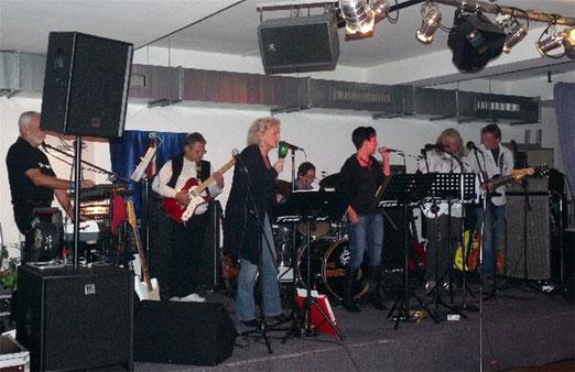 """April 2011 - mit den Gastmusikern """"Liverpool"""" & Georg"""