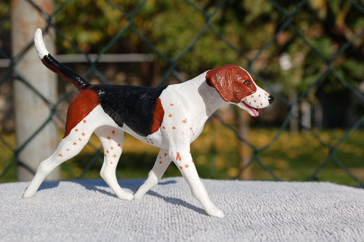 """Breyer Foxhound"""