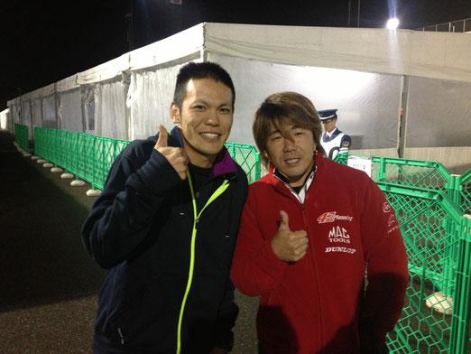 全日本ライダー宇井さんとばったり会いました。宇井さんはロレンソと肩を組んで写真撮れるくらいすごい人です。