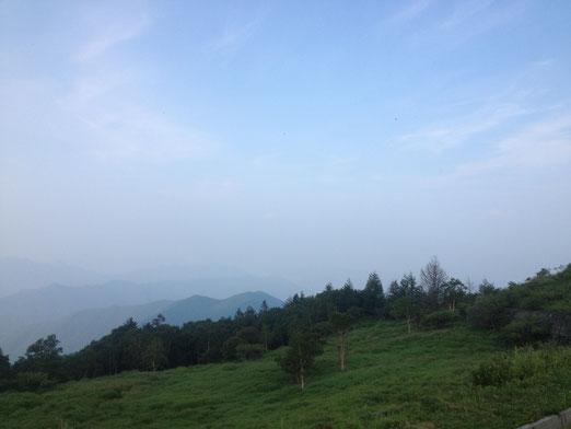 美ヶ原の眺め。もう雲の中って感じかな?