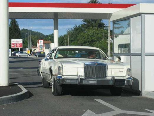 Lincoln MK IV 1975