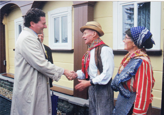 S.D, Prinz Stefan von und zu Liechtenstein Botschafter seines Landes in Deutschland zu Besuch in Neugersdorf . Begrüßt von Traudel und Herbert Wohnberger 2007