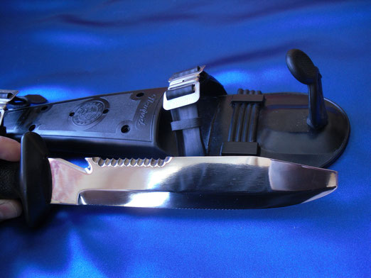 Cuchillo Nemrod multiple o profesional, años 70