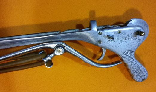 Fusil Minguens patentado, fabricante español de fusiles bajo pedido.