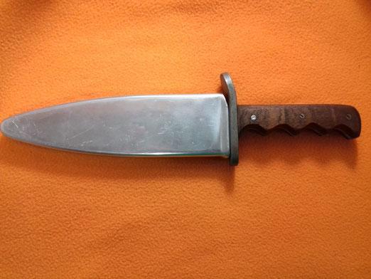 Cuchillo de los Buzos de Combate de la Armada Española años 50