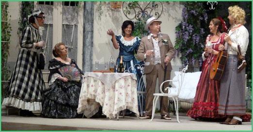 "Una scena de ""La zia di Carlo"""