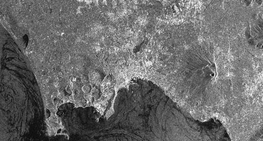Figura 8.2 - Telerilevamento del Golfo di Napoli