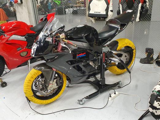 Honda CBR 1000 RR, Termignoni Racing, Andreani Group Vordergabel, etc.