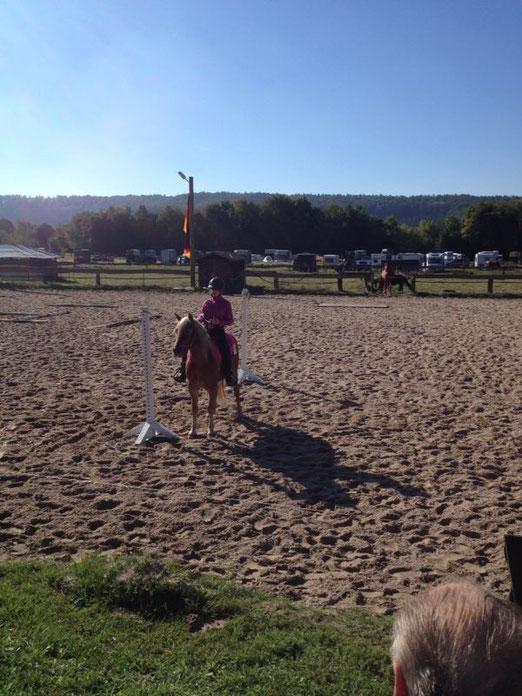 Lea Baumgarten mit Sandokan 2. Platz Pleasure, 4. Platz Horsemanship