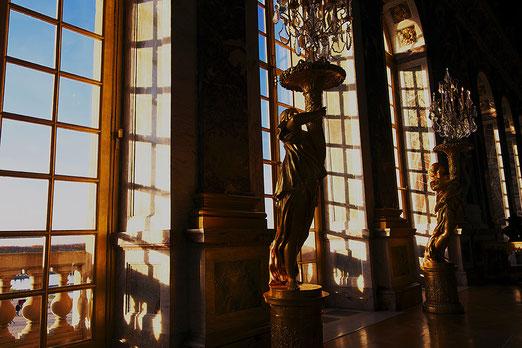 Mathieu Guillochon, photographe, Versailles, château de Versailles, art, architecture, sculptures, reflets, couleurs, lumières, reportage, Louis XIV, miroirs, galerie des glaces, Colbert, miroirs