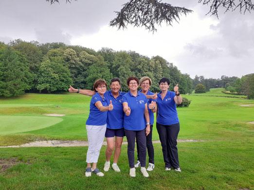 Bravo à l'équipe Dames de le Mans Golf Club au Mid Am 3ème Div du 26 au 28 juin 2021 au golf de Tours Ardrée qui assure son maintien.