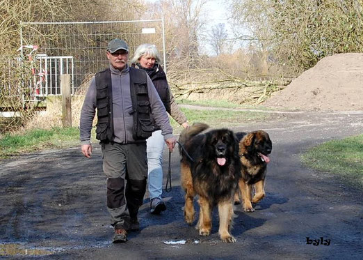 Udo und Sabine mit ihren Leo`s.