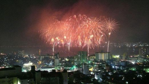 Miyukiさんの郷里、諏訪湖の花火
