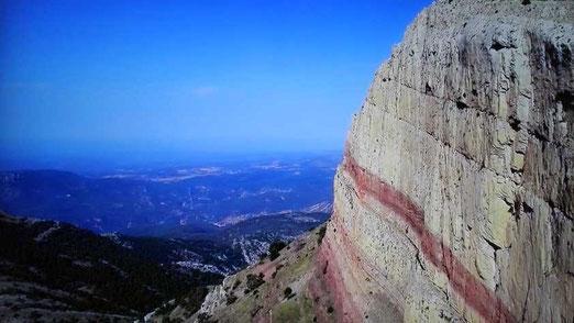 Penyagolosa es la segunda montaña más alta  con 1.813 metros de la Comunidad Valenciana.