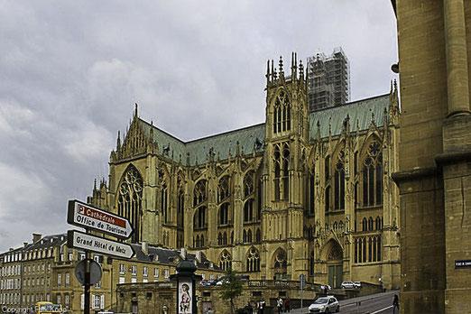 Bild: Kathedrale Saint-Etienne in Metz
