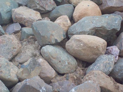 бутовый камень гравийный 200-500 мм с доставкой