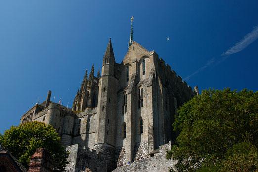 Die große Kathedrale auf dem Mont-Saint-Michel, Normandie