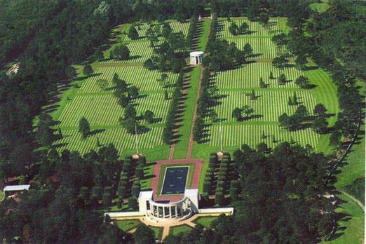 Vue aériene du cimetière Américain de Coleville-sur-mer