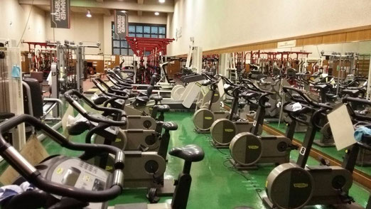 トレーニングルーム(卓球場の隣)
