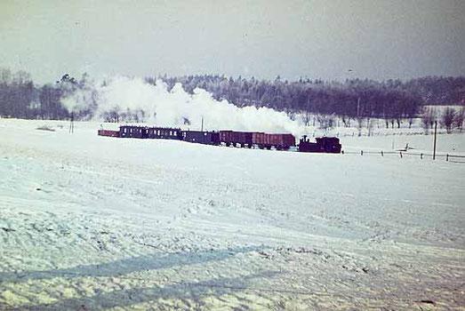Es war ein herrlicher Anblick, wenn der wilde Robert mit Volldampf durch das verschneite Mahliser Tal fuhr; Quelle: Joachim Rudolph