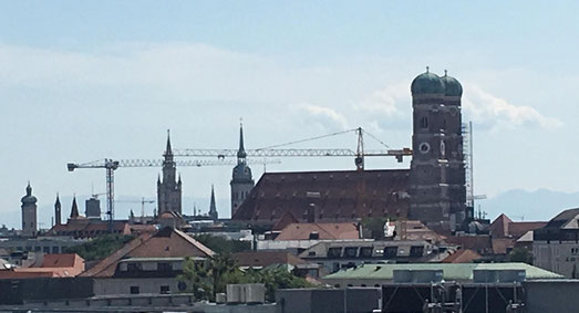 freaky finance, freaky travel, Marienkirche, München