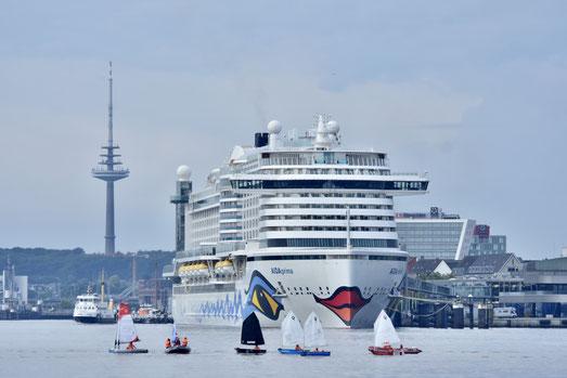 AIDA Cruises startet mit AIDAperla ab Mallorca und mit AIDAprima ab Kiel