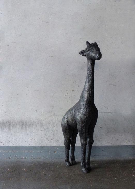 Tierplastik 'Giraffe' // Plastik: Deike Heeren // Polysterol, beschichtet, H 110cm