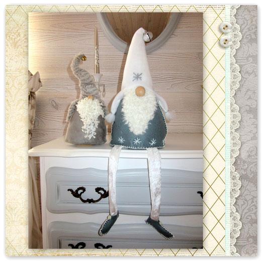 Petits Gnomes décoratif cousu main pour fin d année