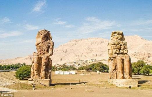 Les colosses de Memnon (Photo : Alamy)